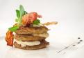 Slovenská zemiaková placka zapečená s bryndzou a slaninkou